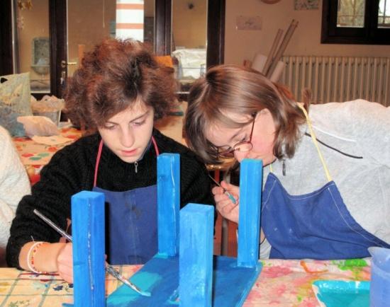 05 - nel laboratorio di ceramica.jpg